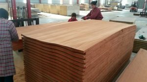 face_veneer_commercial_plywood_1300mm_x_2600mm_with_smooth